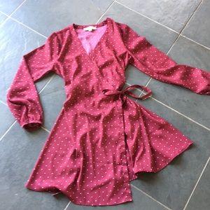 Stylish wrap dress!
